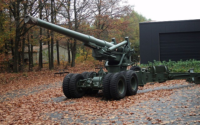 155mm Long Tom