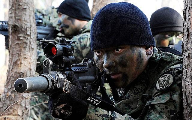 K7 sub machine gun