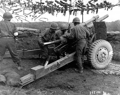 105mm Howitzer M2A1